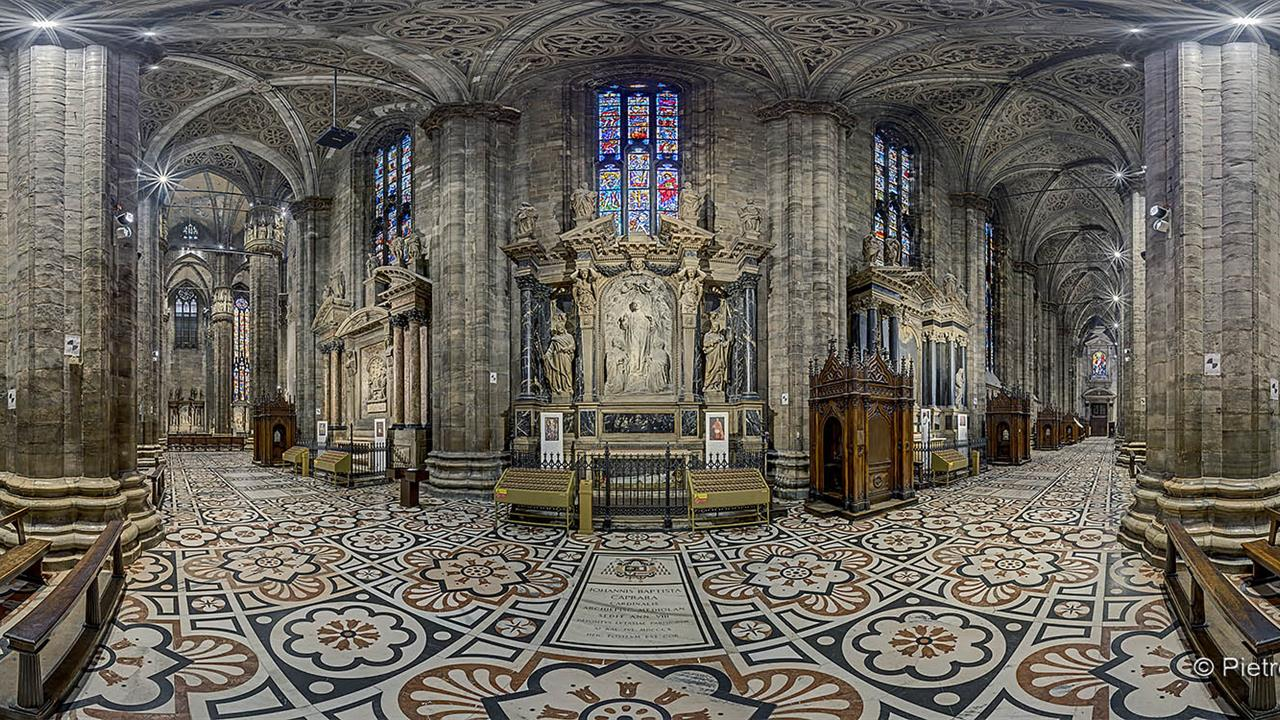 DSC06335 MI Duomo Nave Dx Cap Caprara R X10j TTW