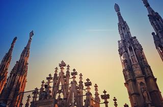 I Do Not Look At The Duomo I Guard It Adotta Una Guglia