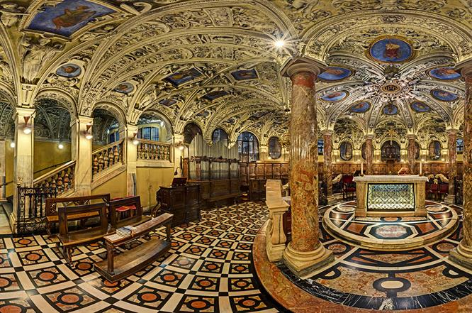 DSC05470 MI Duomo Interno Cripta R X4j TTW